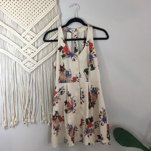 Forever 21 simple floral button up dress Sz S
